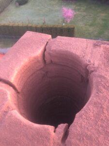 dziura w kominie po odwiercie